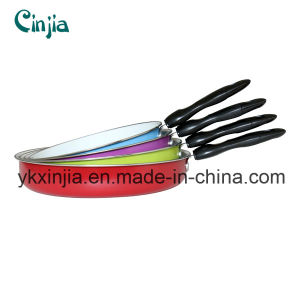Kitchenware 22-28cm Ceramic Coating Frying Pan pictures & photos