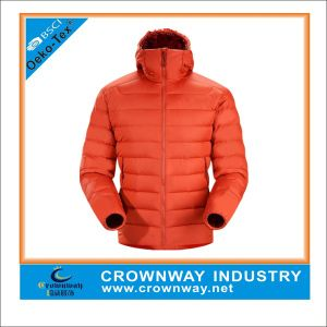 90% Down 10% Feather Mens Down Jacket with Simple Design pictures & photos