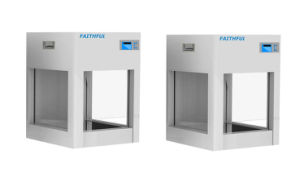 Ce Lab High Quality Mini Laminar Flow Cabinet pictures & photos
