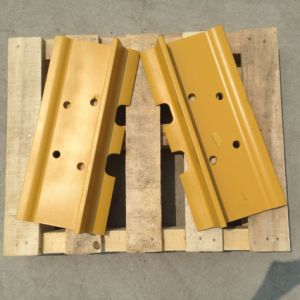 Heavy Equipment Steel Track Plate for Caterpillar Komatsu Bulldozer and Excavator pictures & photos