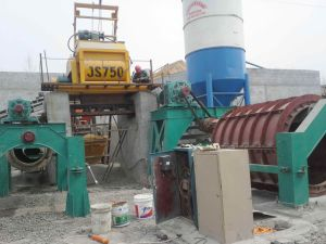 Cement Pipe Making Machinery in Guangzhou China pictures & photos