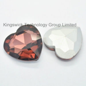Machine Cut Red Heart Shape Gems Crystal Stone pictures & photos