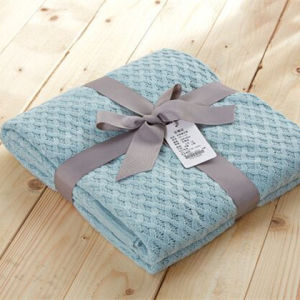 Embossed Plaid Blankets / Throw for Spring and Autumn pictures & photos