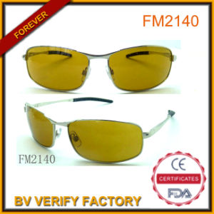 Yellow Lens Metal Sunglasses with Sliver Temples for Men pictures & photos