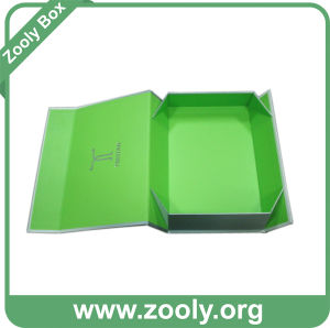 Small Printed Rigid Folded Cardboard Paper Gift Box pictures & photos
