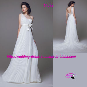 Graceful Pure Full Length Wedding Dress with One-Shoulder pictures & photos