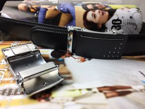 Holeless Leather Straps for Men (HPX-170405) pictures & photos