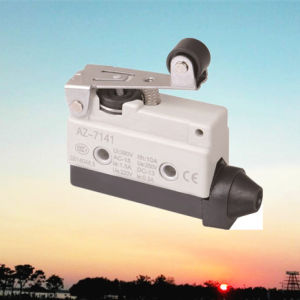 Tz-7141 Short Hinge Roller Lever Momentary Micro Limit Switch (AZ-7141) pictures & photos