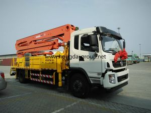 Hongda Group 28m Truck Mounted Concrete Pump with Boom pictures & photos