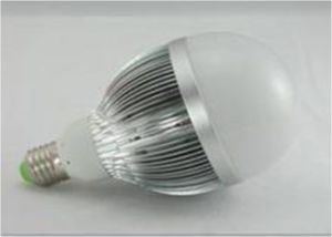 High Quality LED Bulb (17W) pictures & photos