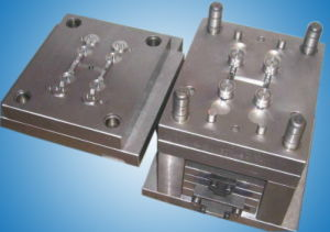 Plastic Molding Injection Moulding pictures & photos