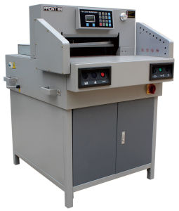 Program Electrical Paper Cutter with Wider Platform (E520R) pictures & photos