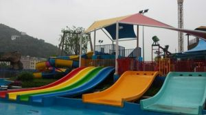 Small Water Slide Combination for Kids Fun, Water Park Attraction pictures & photos