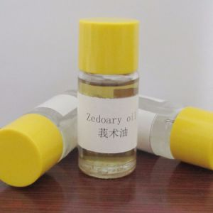Herbal Extract Essential Zedoary Turmeric Oil Food and Cosmetic Grade pictures & photos