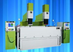 Single/Double Head Large CNC EDM (CNC-2500) for Big Mold Made pictures & photos
