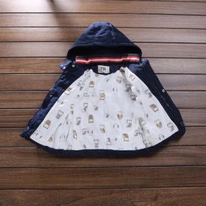 Button-Down Boy Cotton Jacket for Children Clothes pictures & photos