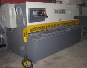 Hydraulic Shearing Machine (QC12Y 10X2500) pictures & photos