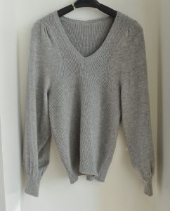 Women Cashmere Blended Pullover Knitted Sweater pictures & photos