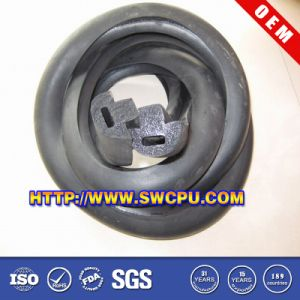 Black Window &Door Silicone Rubber Sealing Strip (SWCPU-R-E022) pictures & photos