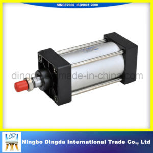 Four Pull Rod Hydraulic Cylinder pictures & photos