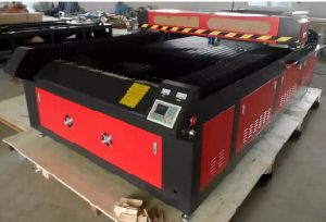 Auto Focus Laser Metal Cutting Machine for Metal and Nonmetals pictures & photos