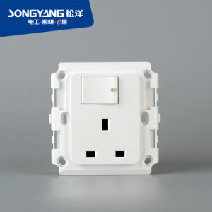 PC Series 13A BS Switch Socket pictures & photos