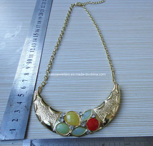 Fashion Resin Stone Necklace (XJW12915) pictures & photos