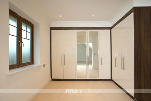 Ritz Home Furniture, Simpleness MDF Wooden Wardrobe pictures & photos