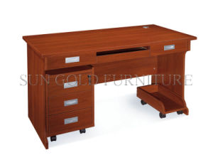 China Supply Fashion Computer Desk (SZ-OD030) pictures & photos