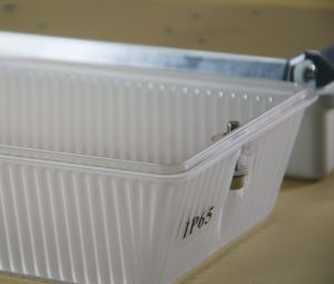 12W/20W IP65 LED Tri-Proof Light for Outdoor/Indoor Lighting (LCI270) pictures & photos