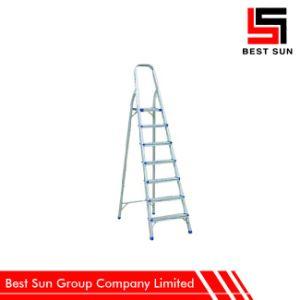 Six Steps Cheap Aluminum Folding Ladder pictures & photos