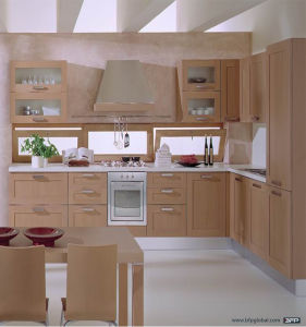 Modern Laminate Kitchen Cabinets for Individual House pictures & photos