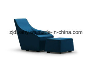 European Style Wooden Frame Leather Seat Leisure Sofa (D-54) pictures & photos