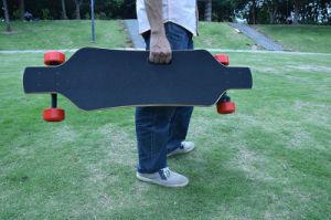 400W E Wheel Skateboard with 2.2ah Lithium pictures & photos