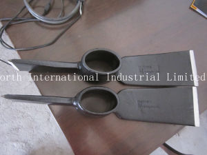 Wood Handle Pick Mattock P407W pictures & photos