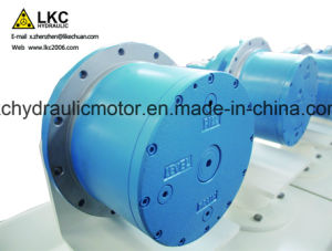 Excavator Axial Piston Motor Spare Parts for 2.5t~3.5t Crawler Machinery pictures & photos