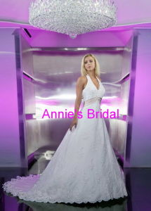 Wedding Dress (A252)