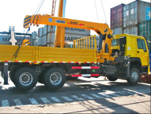 HOWO 8-12 Tons truck mounted crane pictures & photos