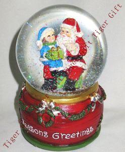 Polyresin Christmas Snowglobe