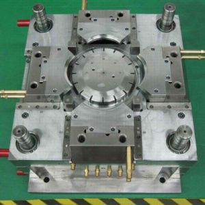 Electric Cooker Cover Plastic Injection Mold pictures & photos