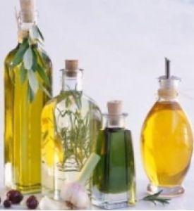 Curcuma Oil, Kinds of Plant Oil, 100% Natural
