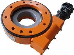 Dual Worm Slew Drives for Crane Undercarriage L9 Inch pictures & photos
