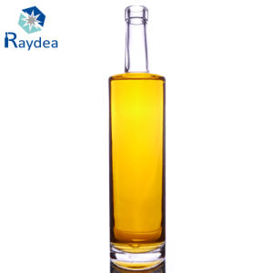 Clear Glass Bottle for 750ml Whiskey pictures & photos