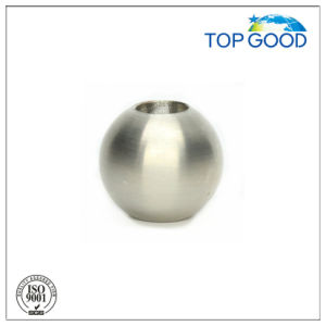 Stainless Steel with Through Hole Solid Ball (61000) pictures & photos
