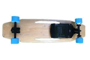 Four Wheel Electric Longboard/Skateboard with Remote Control pictures & photos