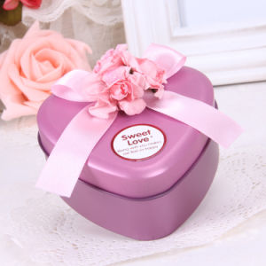 Pink Color Heart-Shaped Tin Packaging Box (FV-050856) pictures & photos