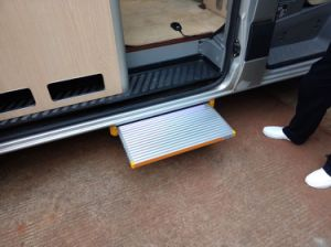 Sliding Step Ladder Electric Sliding Steps for Caravan CE Certifcate pictures & photos
