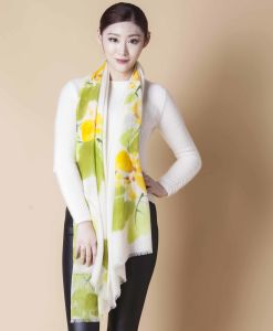 100%Silk Print Scarf pictures & photos