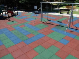 Outdoor Playground Rubber Tile for Children pictures & photos