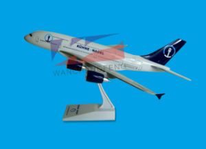 Plastic Material Customized Logo Airbus A380 Scale Plane Model pictures & photos